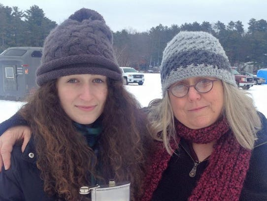 Hillary Reynolds, left, and her aunt, Marci Beaucoup,