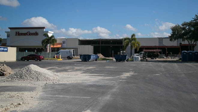 The space between Bealls Outlet and HomeGoods is under construction at Coralwood Shopping Center in Cape Coral. Fresh Market is confirmed to be the new tenant moving into the space.