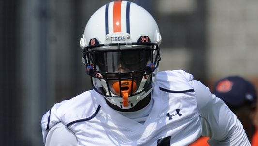 Prattville native Derrick Moncrief has chosen to transfer from Auburn for lack of playing time.