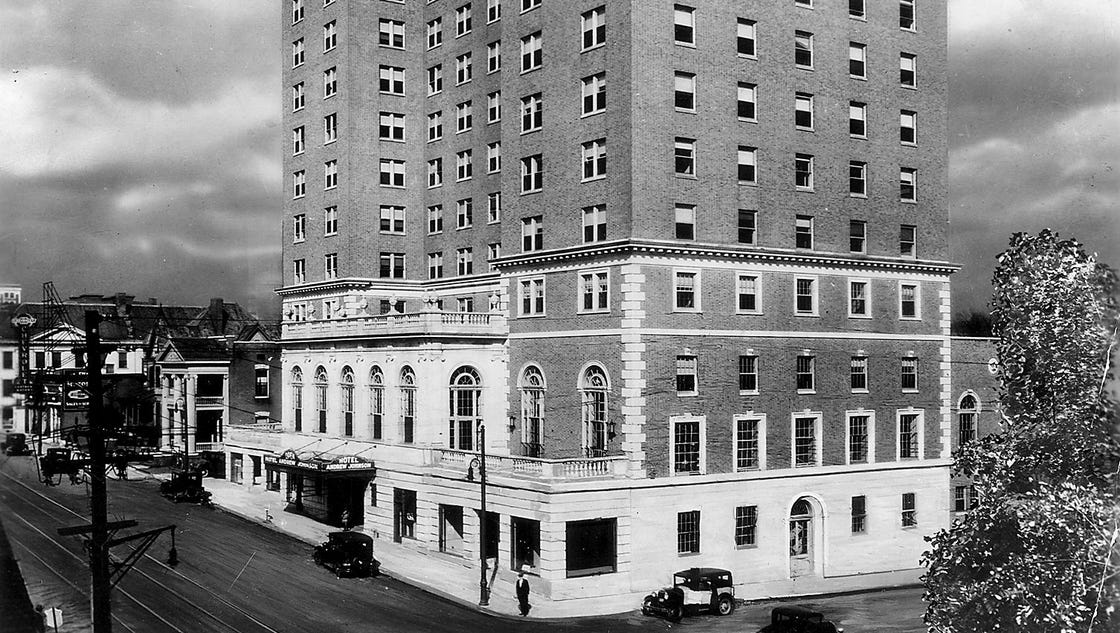 What happened at the Andrew Johnson Hotel that may have killed Hank Williams?