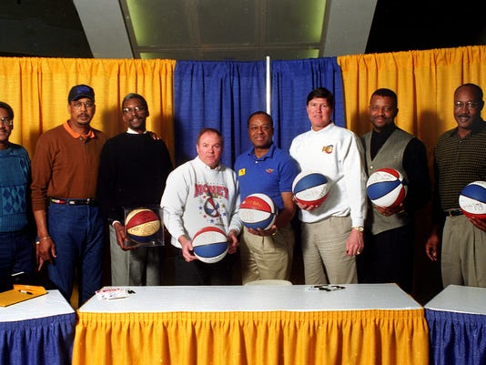 GROUP PHOTO - FORMER ABA PACER PLAYERS