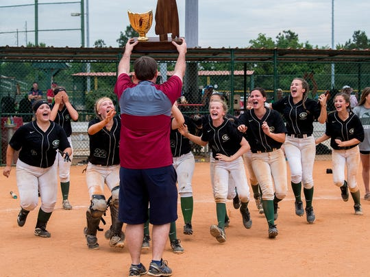 Edgewood softball players claim their AISA AAA State