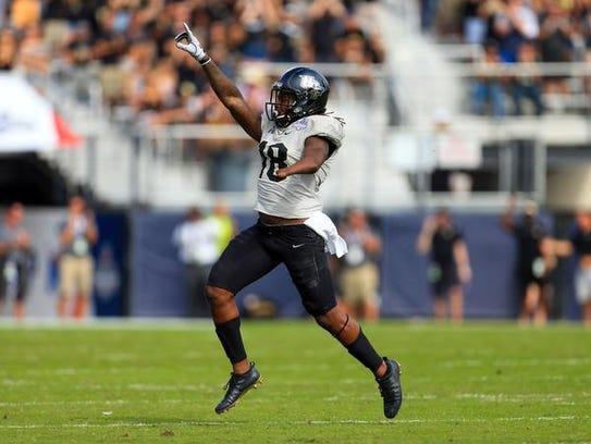 Dec 2, 2017; Orlando, FL, USA; UCF Knights linebacker