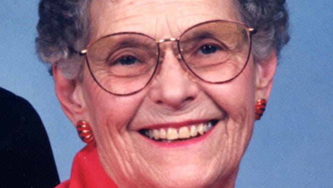 Darlene Davis, 87, of Ft. Collins, CO joined her Lord on August 14, 2014 peacefully from her home.