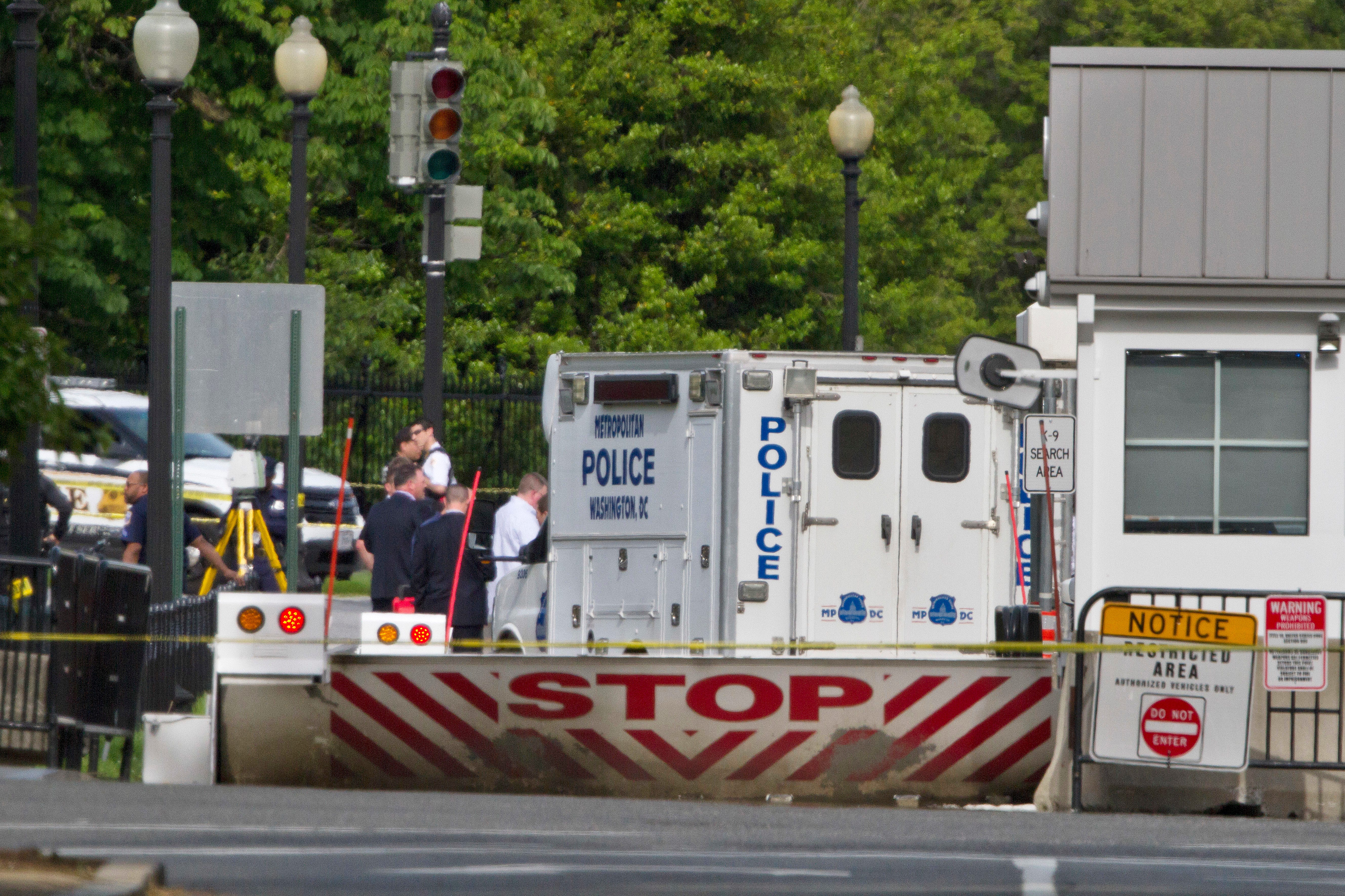Secret Service: Suspect Shot At White House Gate