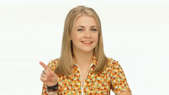 Melissa Joan Hart stars as Sabrina.