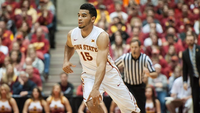 Iowa State guard Naz Mitrou-Long (15) brings the ball up the court against Chattanooga.