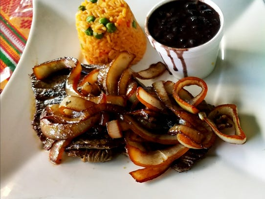 Guatemex's steak and onion lunch special was tender
