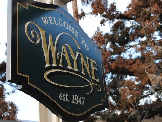 WayneSigns03.JPG