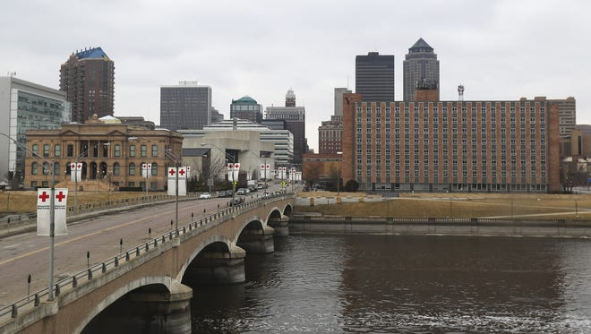 The Riverfront YMCA overlooking the Des Moines skyline in March 2014.