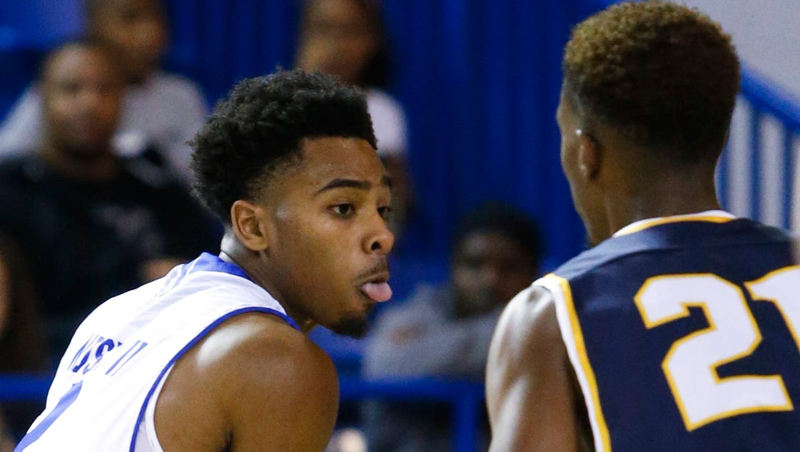 Mosley scores 16 as Blue Hens bounce Bradley 63-49