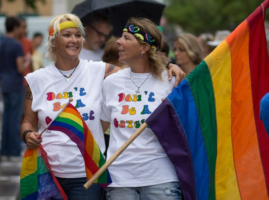 AP_GAY_MARRIAGE_FLORIDA_6558282 o