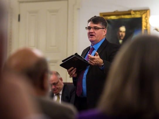 House Minority Leader Rep. Don Turner, R-Milton, addresses