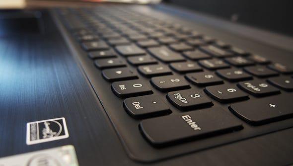 Lenovo Laptop Chooses Power Over Portability