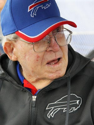 Former NFL coach Buddy Ryan watches from the sidelines before an NFL football game between the Buffalo Bills and Indianapolis Colts on Sunday, Sept. 13, 2015, in Orchard Park, N.Y.