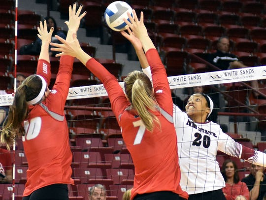 New Mexico State's Sasha-Lee Thomas goes up for a drop