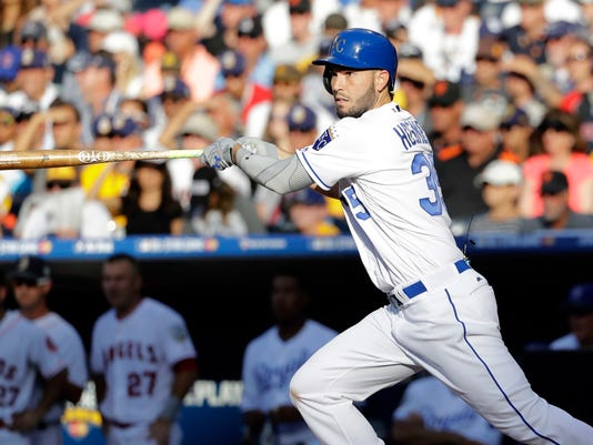 American League's Eric Hosmer, of the Kansas City Royals, follows through on a base hit against the National League during the second inning of the MLB baseball All-Star Game, Tuesday, July 12, 2016, in San Diego. (AP Photo/Gregory Bull)