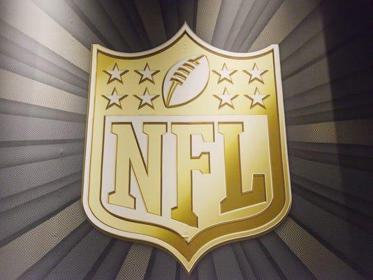 USP NFL: SUPER BOWL XLIX-NFL HONORS PRESS ROOM S FBN USA AZ