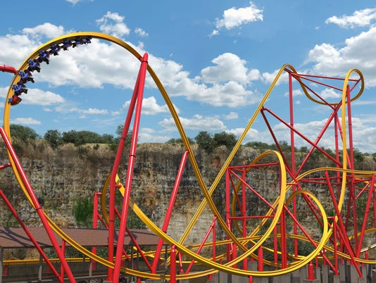 636372912870100468-Wonder-Woman-single-rail-coaster-invdersion.jpg