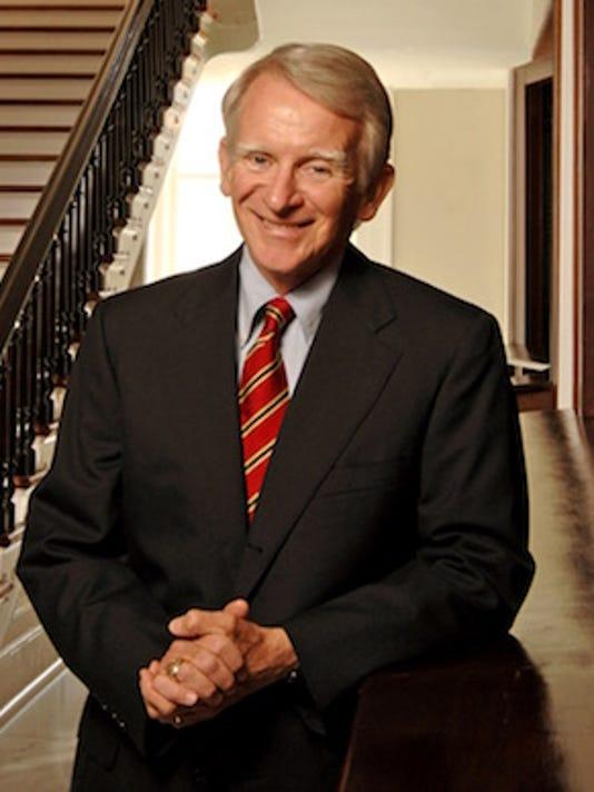 636492810304193771-mayor-photo---cropped-pose-brownie-harris.jpg