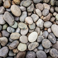 Pennsylvania school district: Intruders 'will be stoned' by students armed with rocks