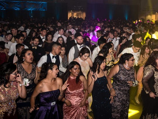 "Visalia Students dance the night away at the ""Cruise to Remember"" Visalia Prom at the Visalia Convention Center May 13, 2017"
