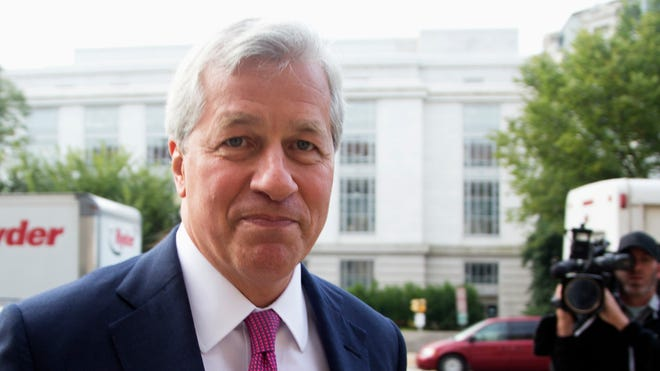 JPMorgan Chase CEO Jamie Dimon arrives at the Department of Justice in Washington DC.  Sept. 26, 2013.