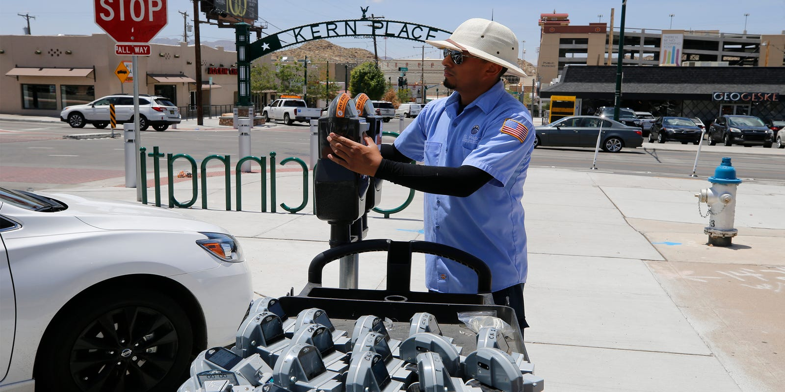 City of El Paso introduces Park 915 app to help find available parking meters