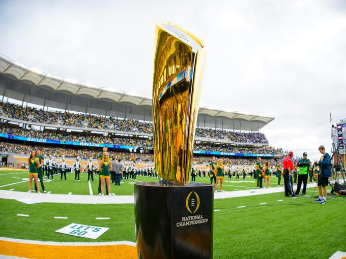 The College Football Playoff picture is starting to