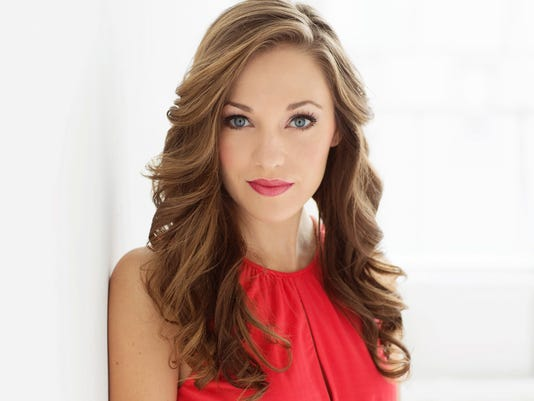 636129445173798149-Laura-Osnes---Email-Size.jpg