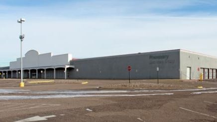 A former K-Mart site in the Twin Cities will become a Hy-Vee.