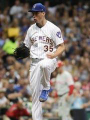 Milwaukee Brewers starting pitcher Brent Suter