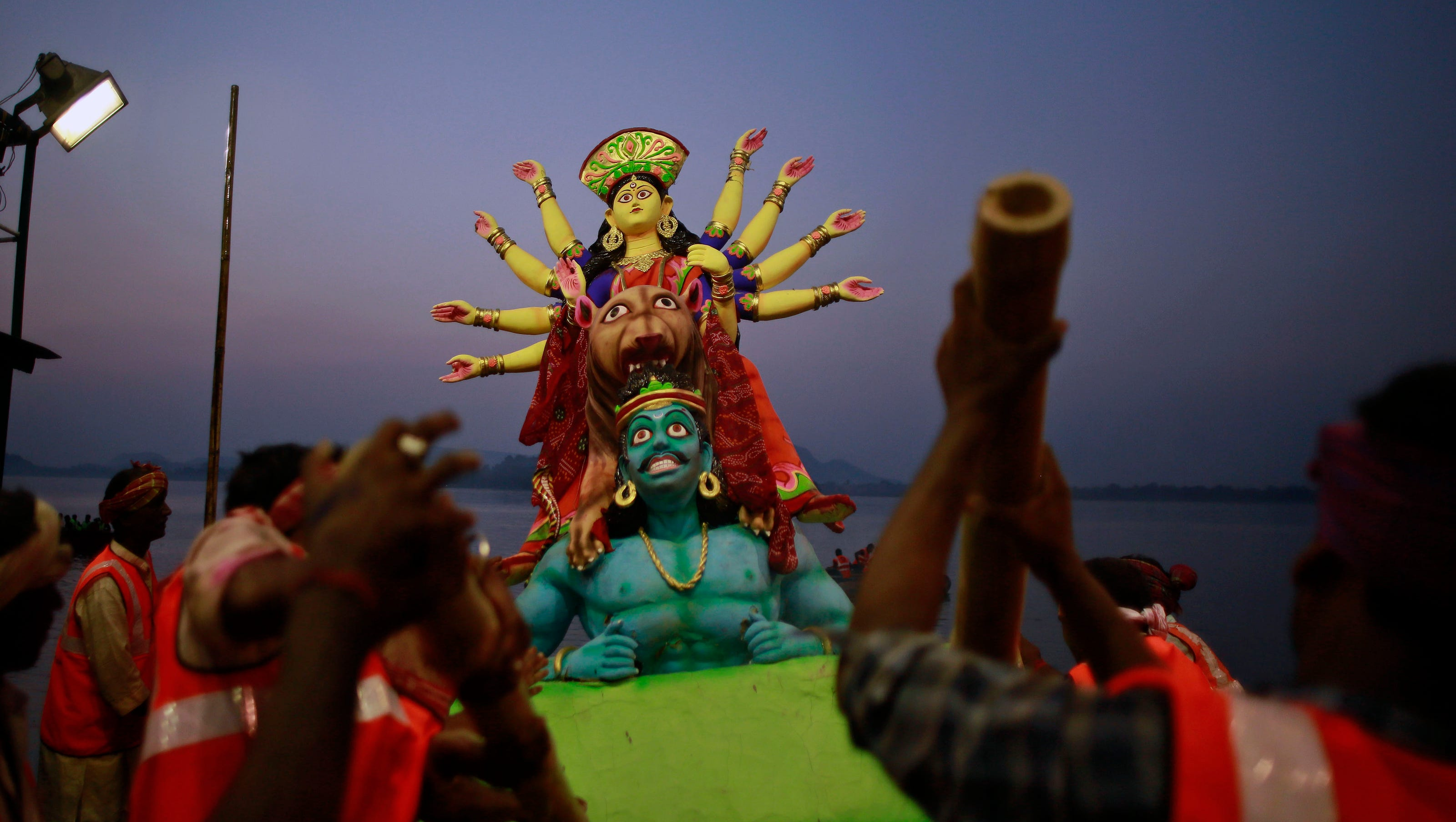 8limbed god baby draws crowds in india