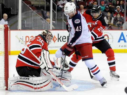 new arrival b4ec6 a0f17 Larsson snaps tie, gives Devils win over Jackets