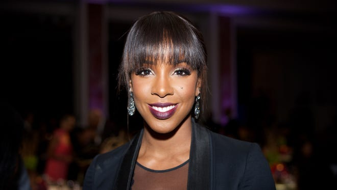 Kelly Rowland attends the YWCA Host 13th Annual Rhapsody Gala at the Beverly Wilshire Four Seasons Hotel on Nov. 13, 2015 in Beverly Hills, California.