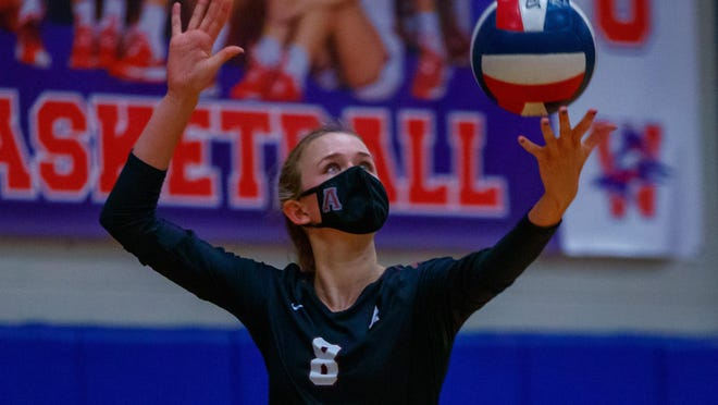 Austin High outside hitter Samantha Unbehagen had 14 kills and had 10 digs in a sweep of San Marcos Friday.