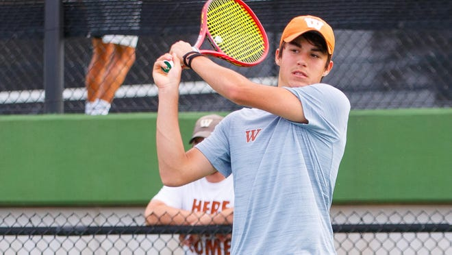 Marko Mesarovic helped Westwood knock off Houston Memorial to advance to Tuesday's state championship contest against Plano West.