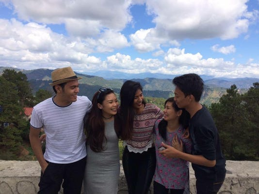 635972331928363901-Candid-photo-with-my-friends-at-Mine-27s-View-Park-2c-Baguio.jpg