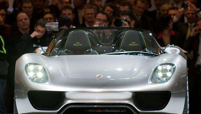 Porsche 918 is being recalled.