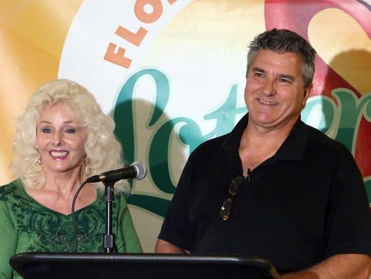 David Kaltschmidt, Maureen Smith