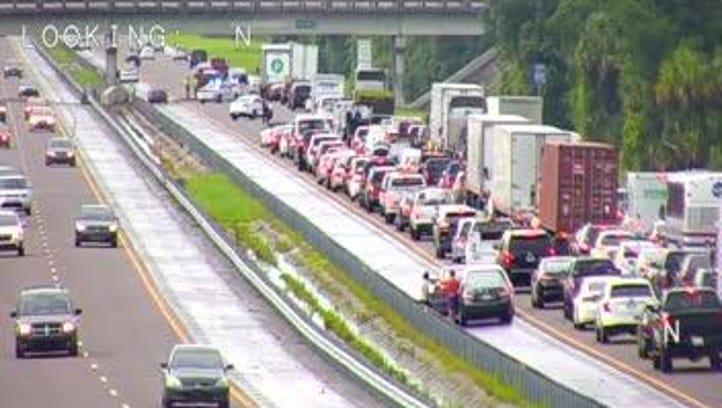 Traffic alert: northbound I-95 blocked for crashes
