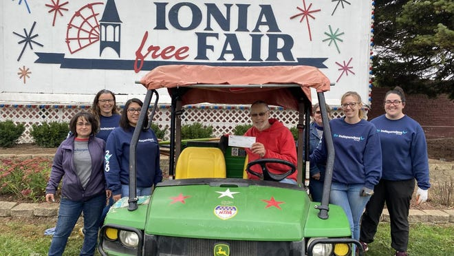 Independent Bank employees volunteered Monday, Oct. 12, at the Ionia Free Fair.