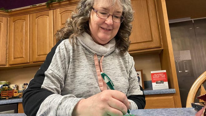 Chris Parks Cleeson, of Lincoln,  is hosting a Christmas card exchange in order to lift the spirits of those who need a lift from the pandemic.