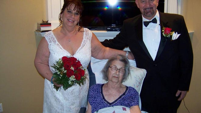 Newlyweds Sue and Rick Jurjens with Sue's mother Sophie. (Provided photo)
