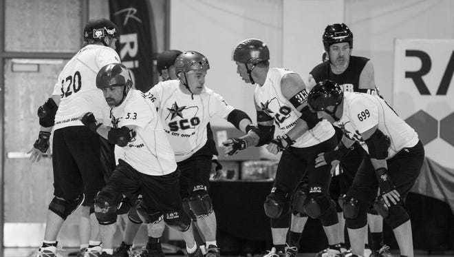 Star City Offense is the travel team of the Salem Men's Roller Derby.