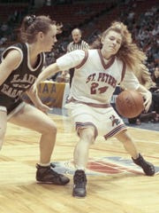 Kristen Somogyi (right) in the 1992 Tournament of Champions.