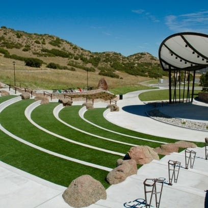 La Quinta to spend $3.4 million on SilverRock art walk and amphitheater on 35-acre property