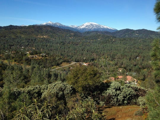 Views to the west take in Shasta Bally and Salt Creek drainage.
