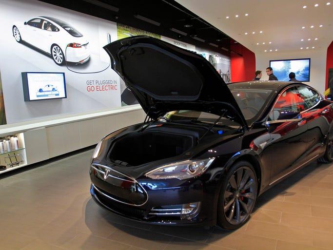 Tesla Dealer Fashion Mall Indianapolis