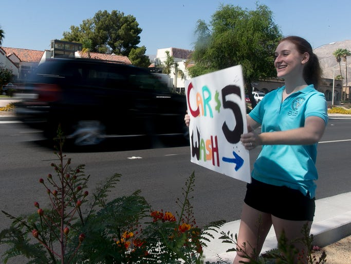 Palm Desert Students Hold Car Wash For Jill Grant Foundation